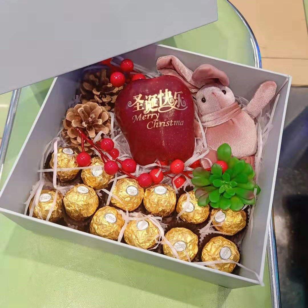 能在圣诞节收到这么浪漫的苹果礼盒,男盆友真的是太有心啦