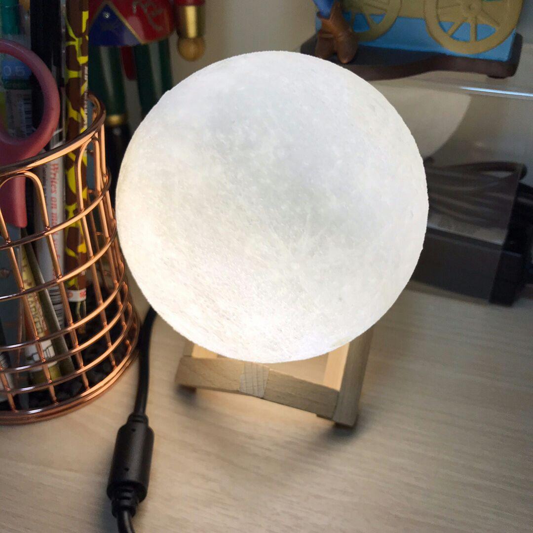 浪漫温馨的3D月球小夜灯,超级实用送给女友